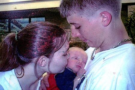 'Estoy teniendo algunos problemas con el papá del bebé', dice una mujer que quiere que el padre de sus hijos esté muerto
