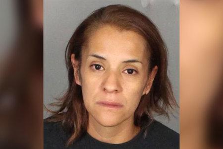 Mamá de Texas, que supuestamente dejó el cuerpo de un niño de 2 años en un contenedor de basura, perdió la custodia de 6 niños