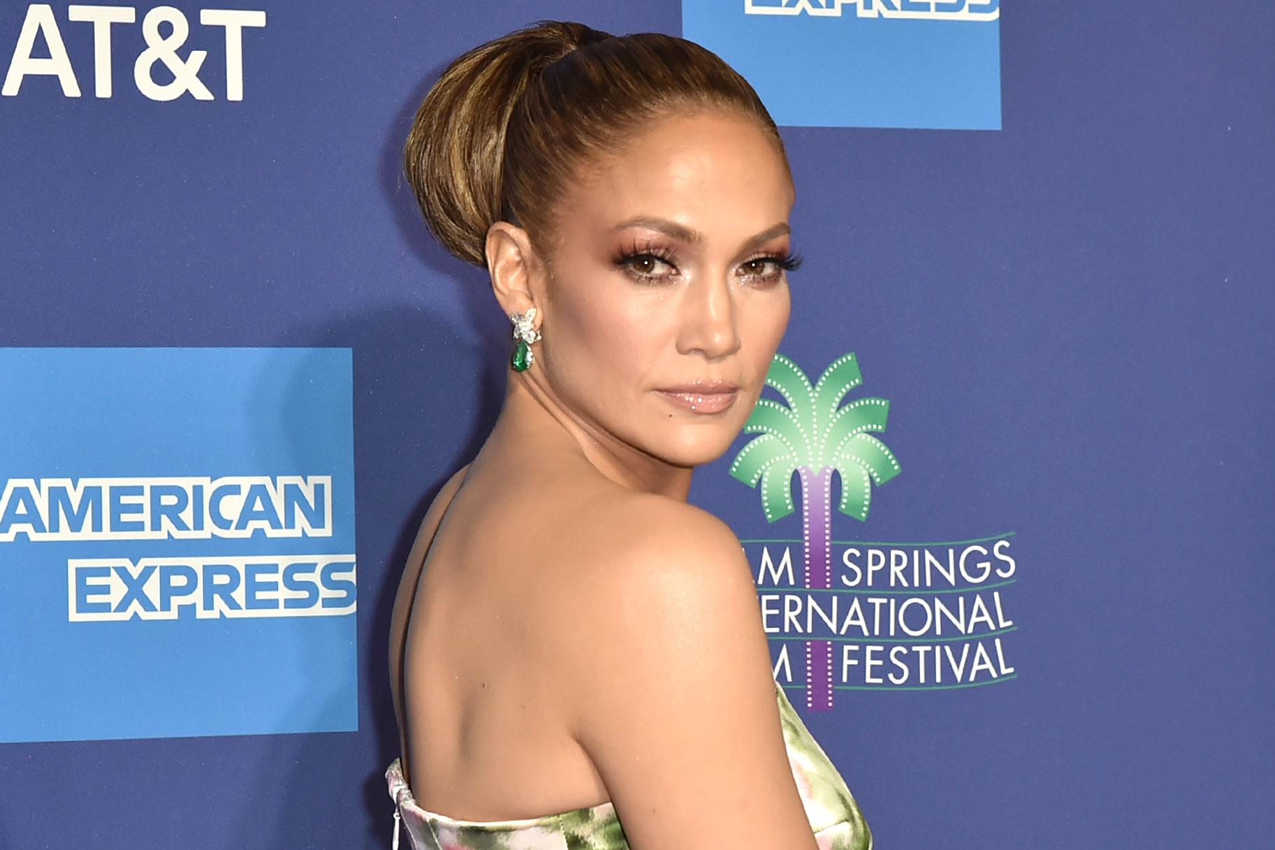 Ehemalige Strip-Club-Hostess, die Hustlers inspiriert hat, verklagt Jennifer Lopez 'Company For Millions