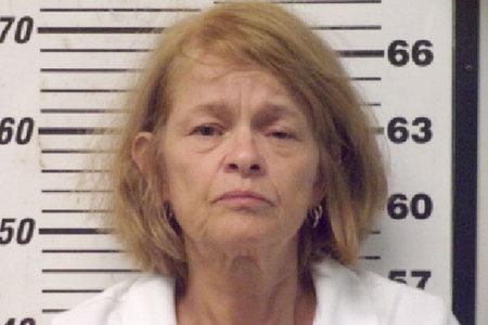 Una mujer supuestamente le cortó el pene a su marido como mensaje contra el 'pecado' y la 'fornicación', según una llamada al 911