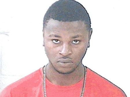 מיהו עבריין המין הרשום דריק הולמס, ומדוע שללה אותו המשטרה כחשוד בפרשת ג'סיקה צ'יימברס?