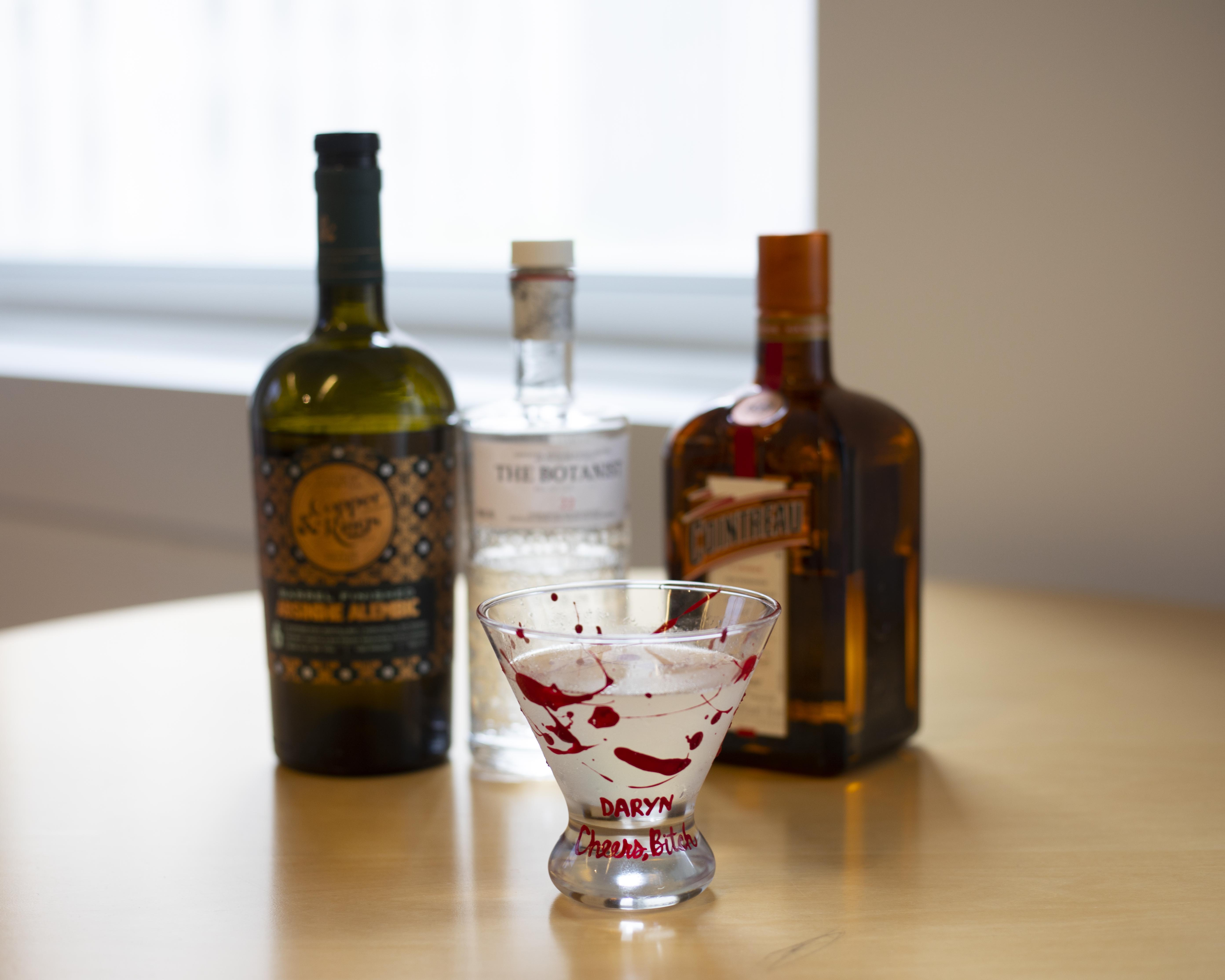 Martinis & Murder Cocktail Recept: Corpse Reviver # 2