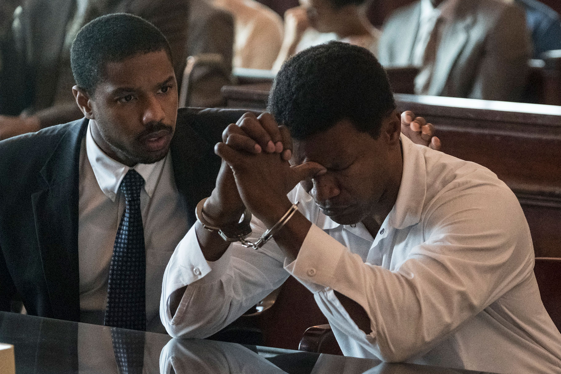 Michael B. Jordan intenta salvar de la muerte a un hombre condenado injustamente en el nuevo tráiler de 'Just Mercy'