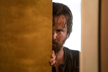 'Breaking Bad' naaseb, kui Jesse Pinkman jookseb seadusest - seekord filmivormis