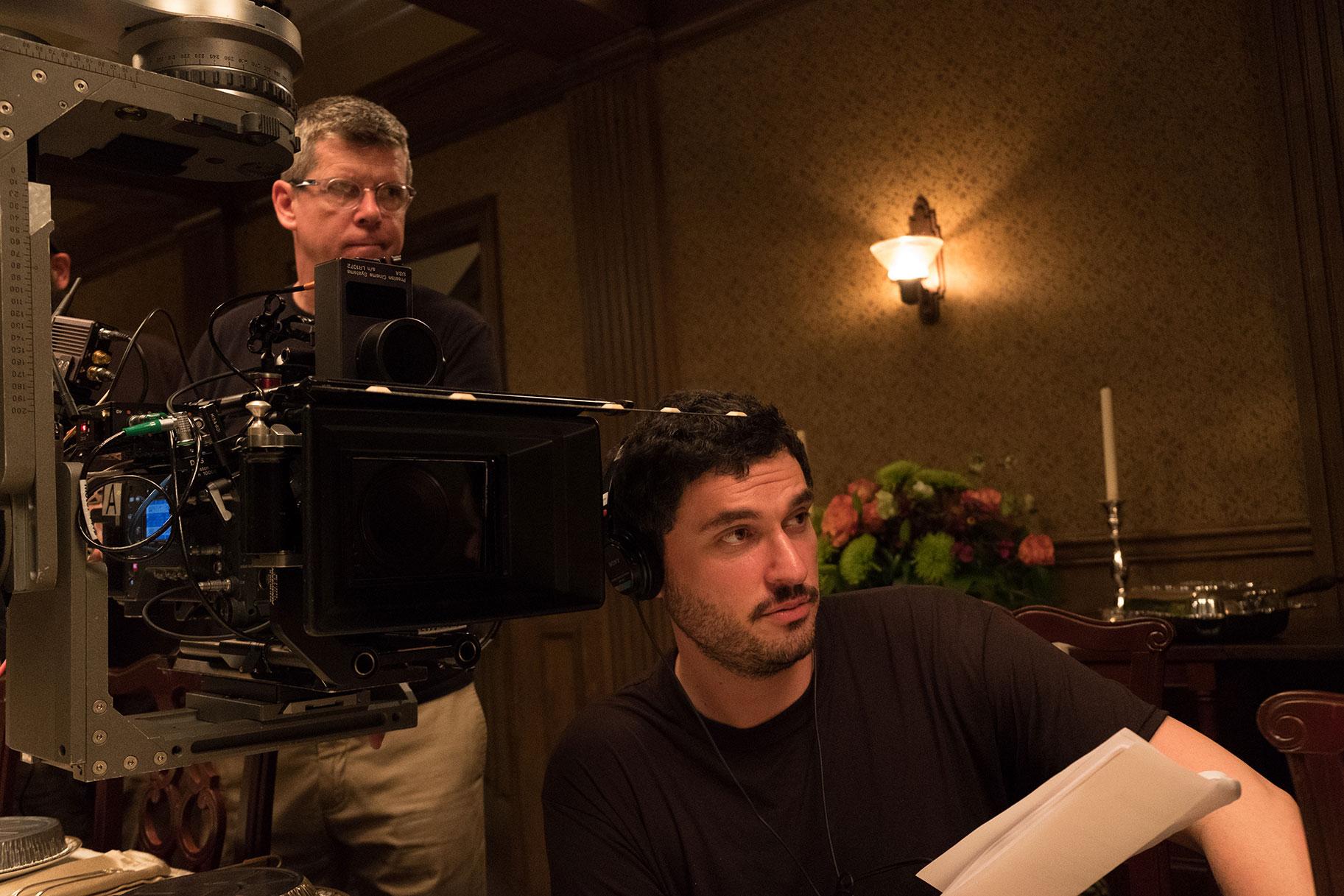 Por qué el director de 'Capone', Josh Trank, quería contar la historia de los últimos días del mafioso