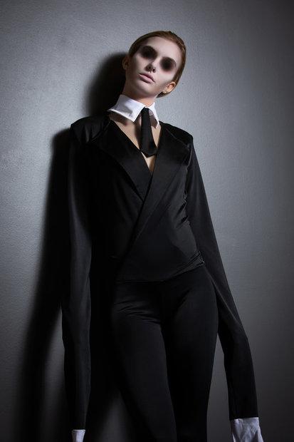 Sexy 'Slender Man?' Els millors vestits de crim 'sexy' de Yandy favorit de Halloween