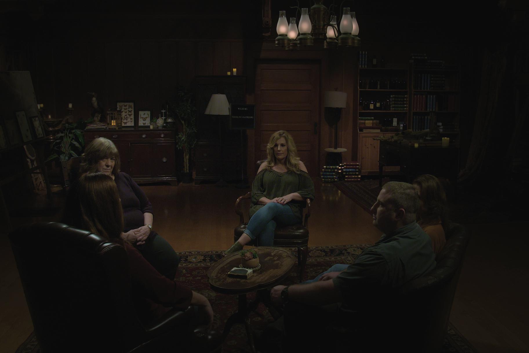 'Haunted' de Netflix se sumerge en el crimen real, y muchos espectadores no lo están comprando