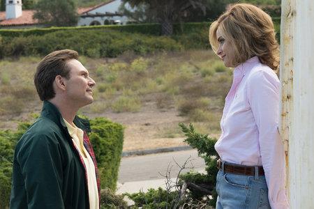'Det er fascinerende at prøve at forstå, hvad der får nogen til at snappe': Amanda Peet og Christian Slater på 'Dirty John'
