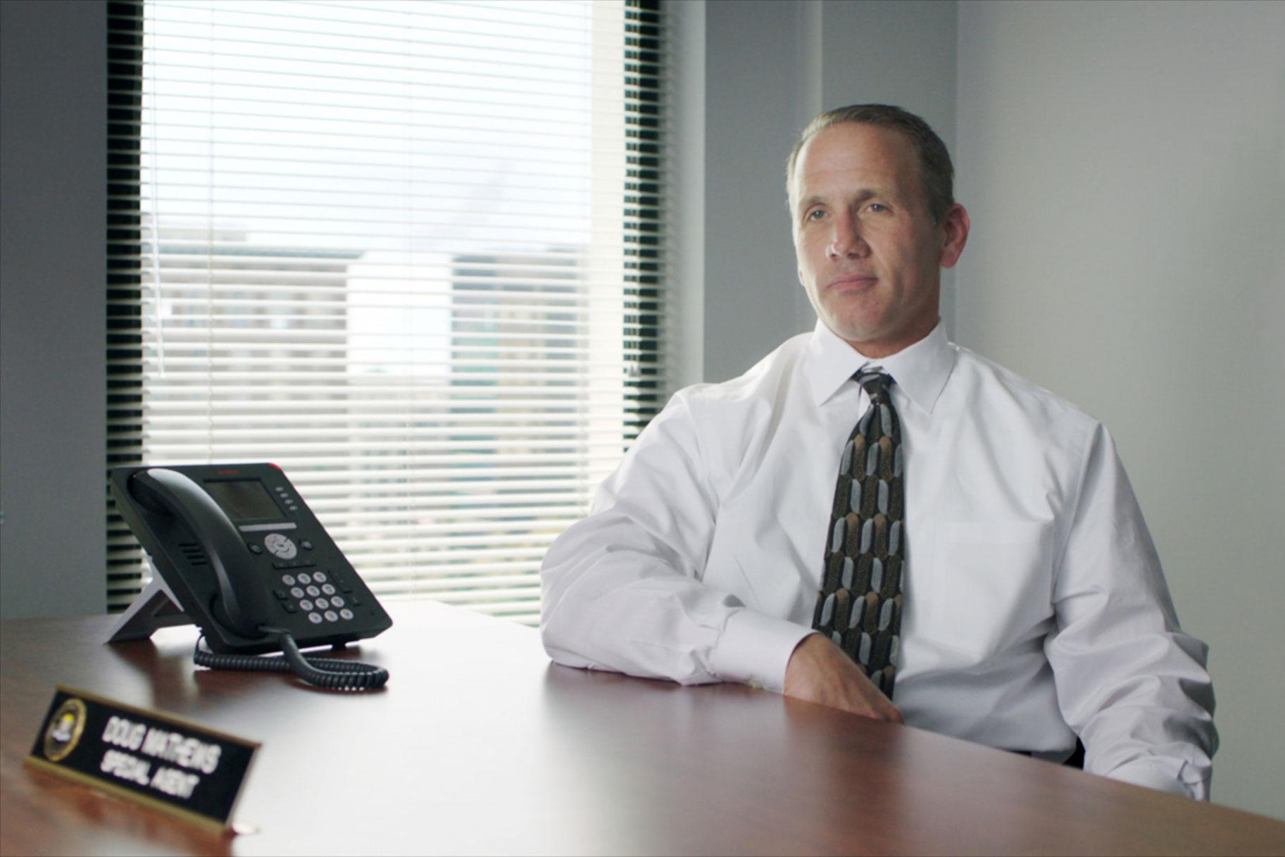 ¿Dónde está ahora Doug Mathews, agente especial del FBI que ayudó a resolver el fraude del monopolio de McDonald's?