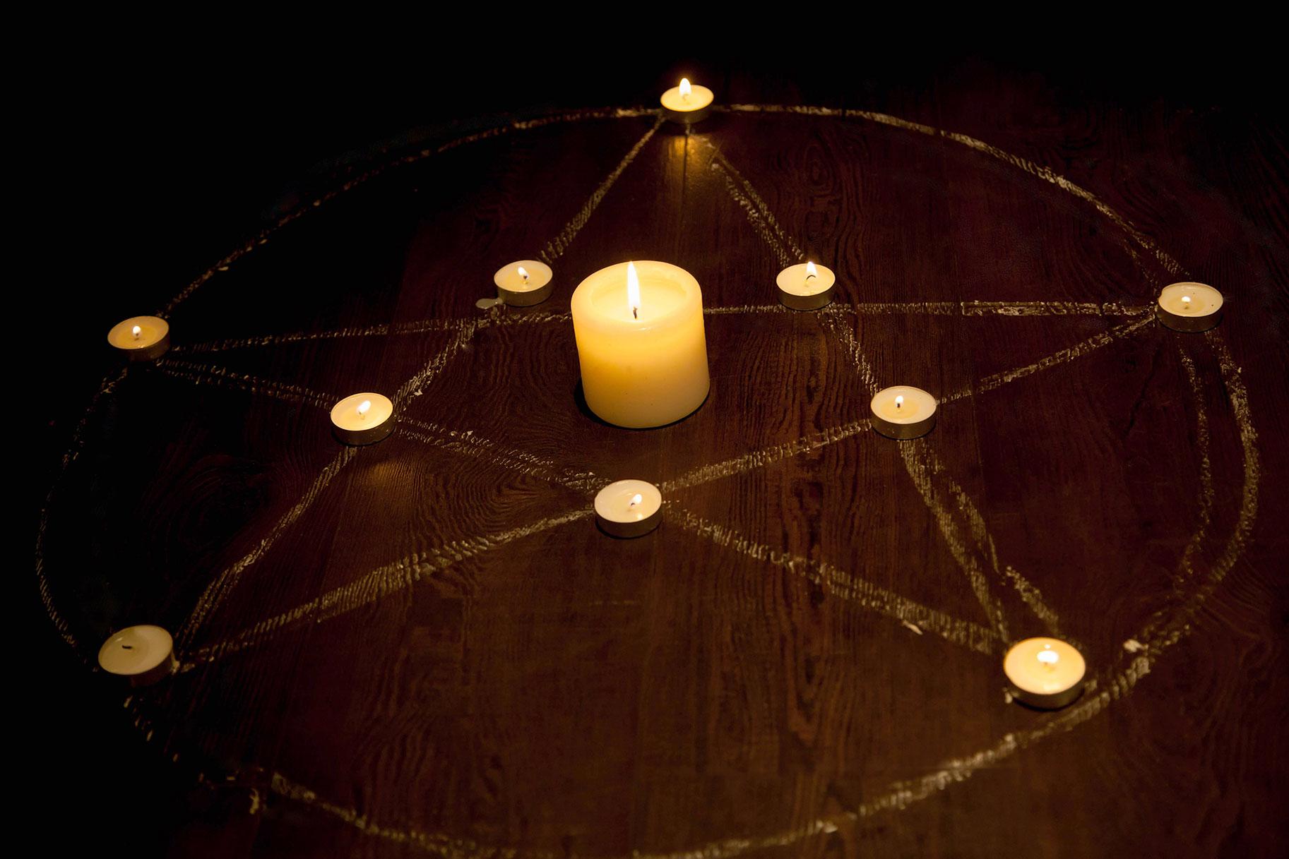 Kas Saatana templi liikmed kummardavad tõesti Saatanat?