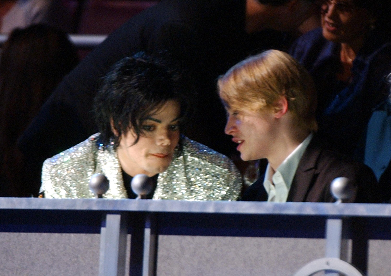'Vi var venner,' Brett Barnes og Macaulay Culkins reaktioner på Michael Jacksons overgreb