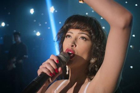 La segunda temporada de 'Selena: la serie', que se centra en la carrera de la reina de la música tejana, ya ha terminado el rodaje