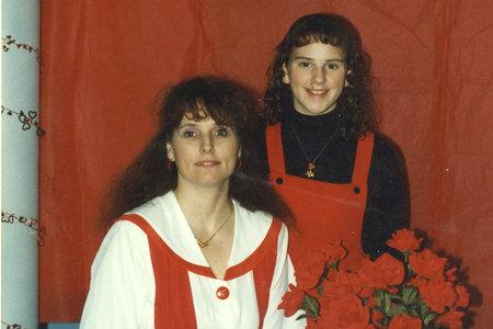 Cómo la 'intrépida' Lorene Bible, mamá de una de las niñas de 'Hell in the Heartland', mantuvo vivo el caso de su hija