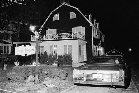 ¿Fue 'The Amityville Horror' un engaño? La verdadera historia del crimen detrás de la famosa casa encantada
