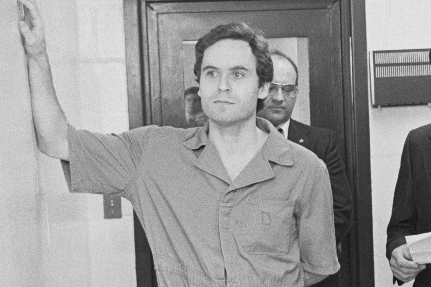 Voleu un exemple de privilegi blanc? Només cal mirar Ted Bundy