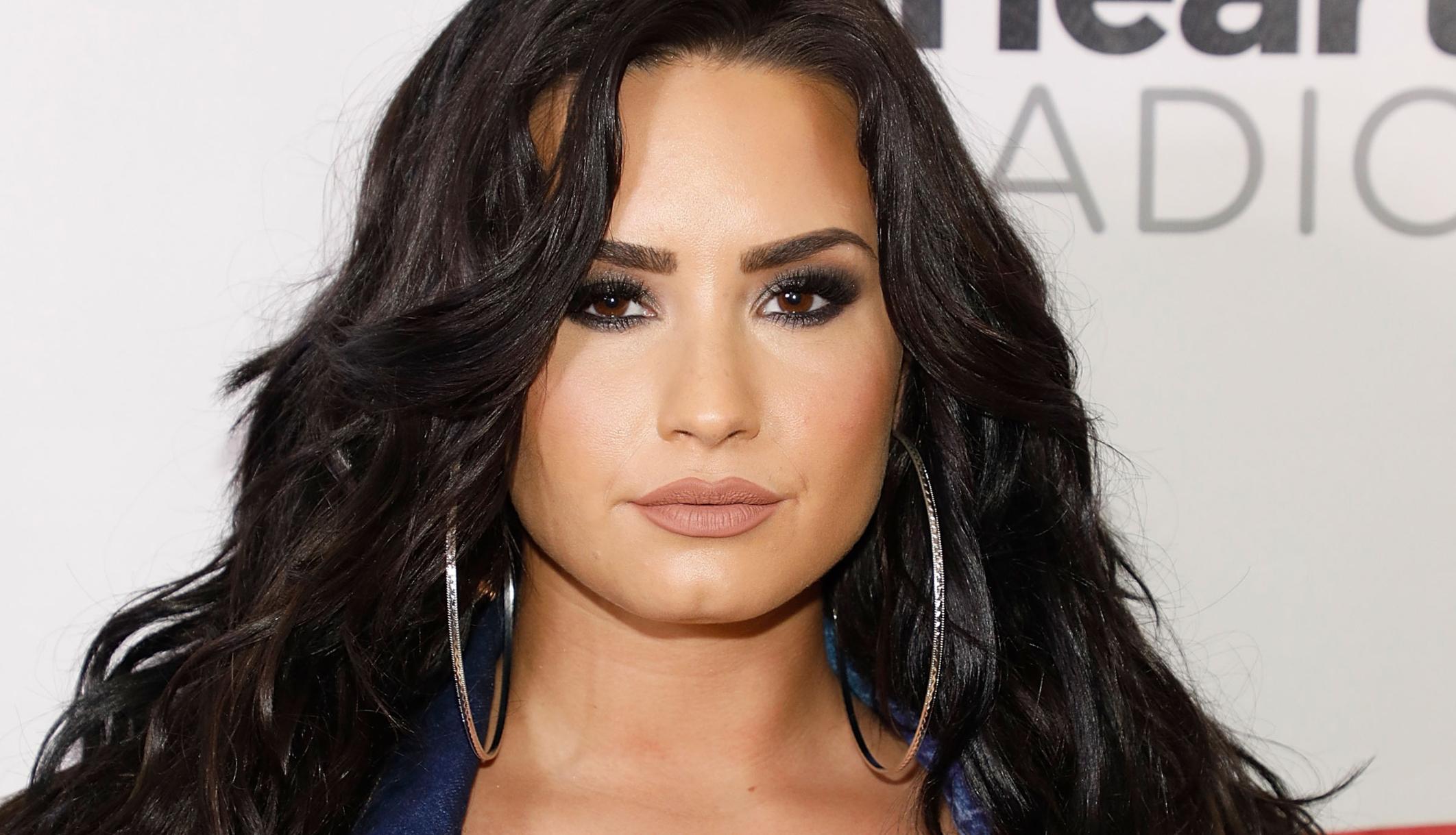 Nazivatelj 911 Demi Lovato navodno je pitao bolničare da ne koriste sirene nakon očitog predoziranja